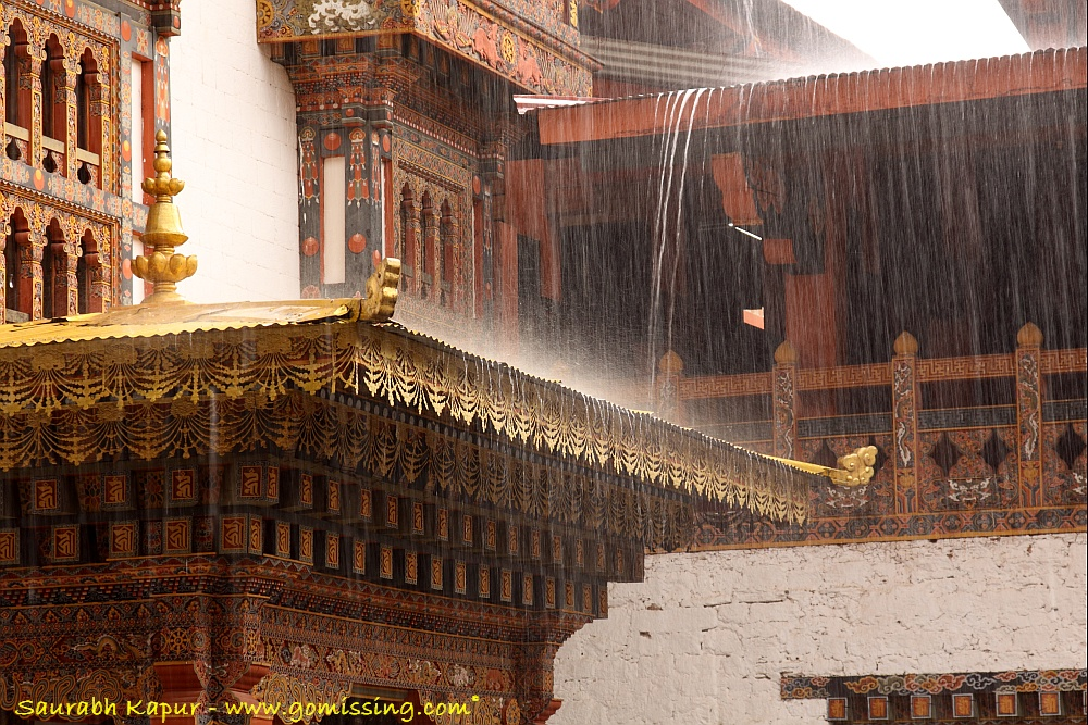 Heavy rain while we were at the Punakha Dzong