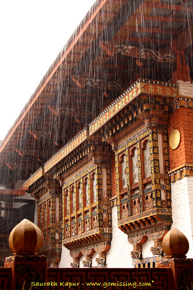Punakha-Dzong-under-a-veil-of-rain