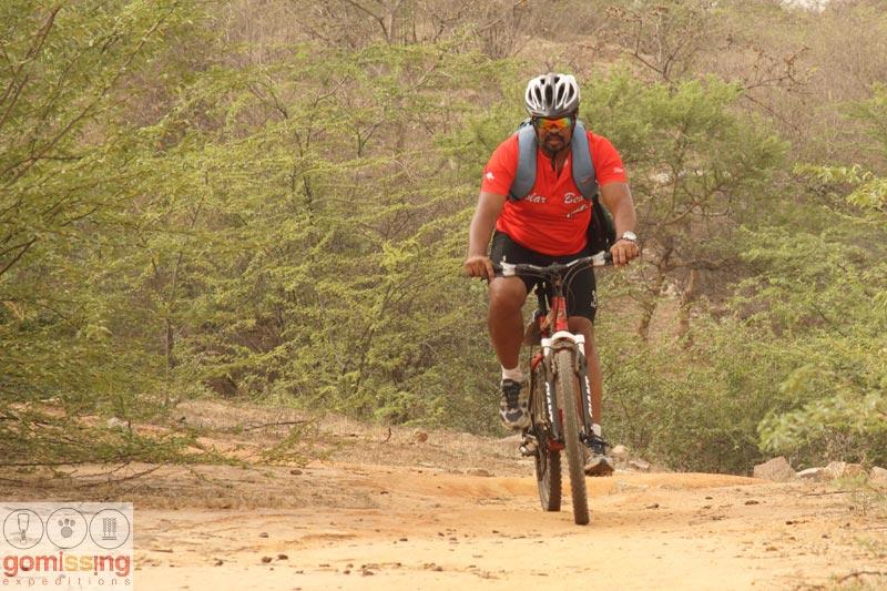 Riding back through the Kikar trail - Bhardwaj lake