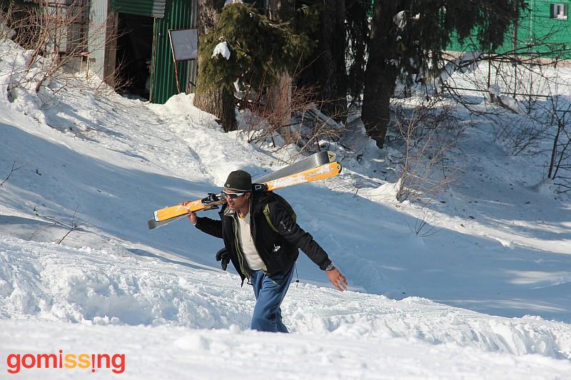Jitesh walking up the slopes