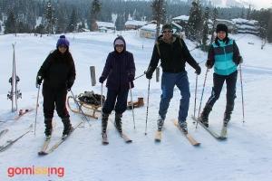 Samidha-Aparna-Jitesh-Sugandh-Skiing