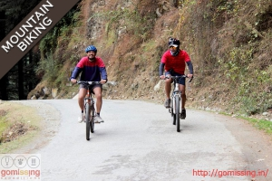 Jalori pass mountain biking expedition
