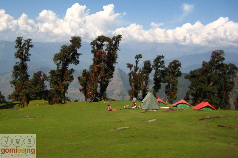 Camping at chandrashila trek