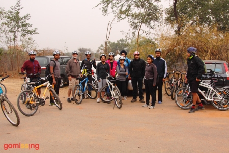 Asola Bhardwaj lake cycling - flag off