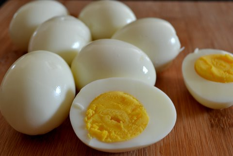 boiled eggs for your road trip