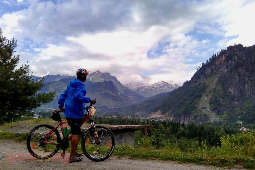 Acclimatization cycling ride to Solang