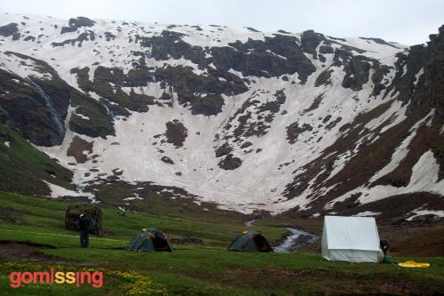 Beas kund trek - camping close to glaciers