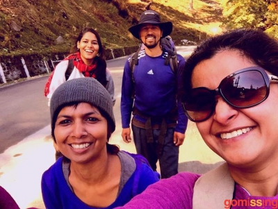 excited trekkers on beas kund trek day-2