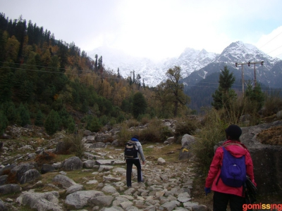 exciting pebbly stretch beffore reaching solang nallah