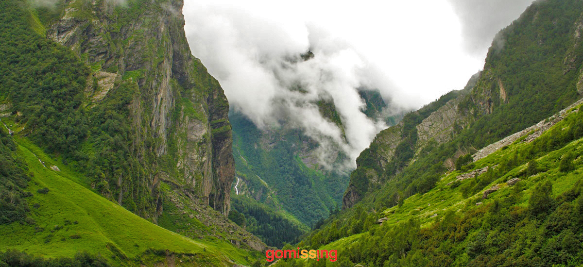 Hamta Circle Trekking-in-India