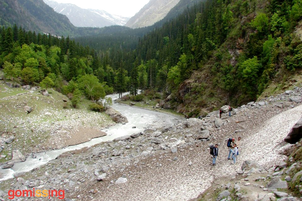 trekking-to-bhaba-pass-pin-bhaba-trek